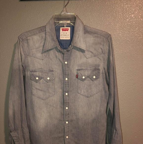 f3169f6f77c Levi s Other - Levi s sawtooth western shirt.
